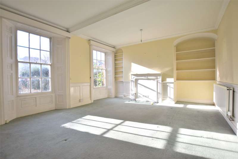 6 Bedrooms End Of Terrace House for rent in Millers Green, Gloucester, Gloucestershire, GL1
