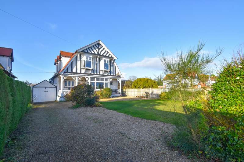 4 Bedrooms Detached House for sale in Drummond Road, Skegness, PE25