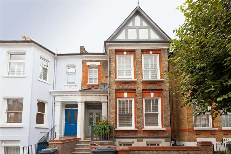 2 Bedrooms Flat for sale in Forburg Road, London