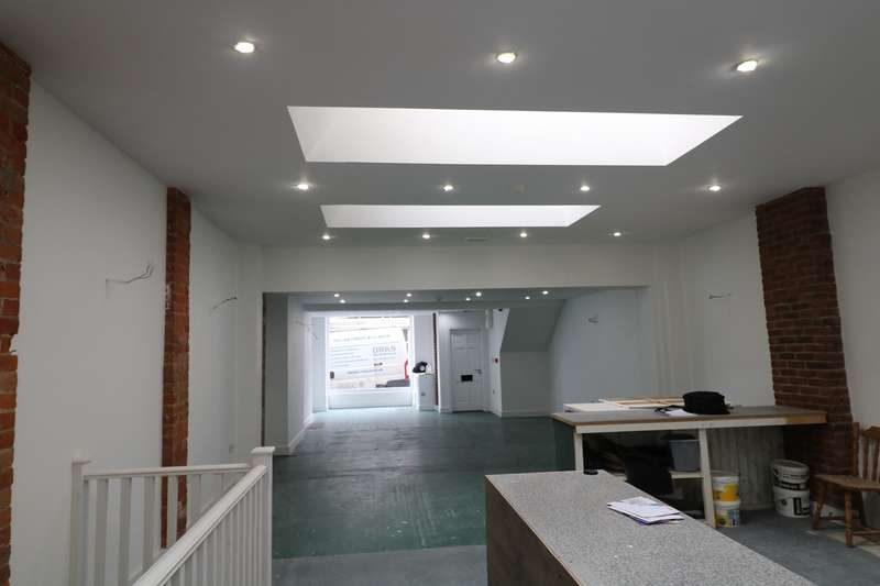 Commercial Property for rent in High Street, Lyndhurst, SO43