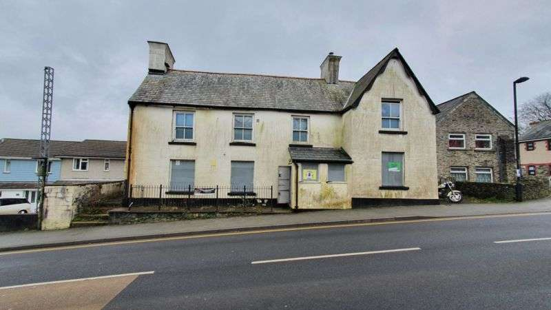 4 Bedrooms Property for sale in Fore Street, Camelford