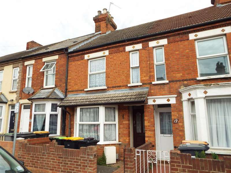 2 Bedrooms Terraced House for sale in College Road, Bedford