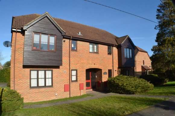1 Bedroom Property for rent in Emily Court, Tadley, RG26
