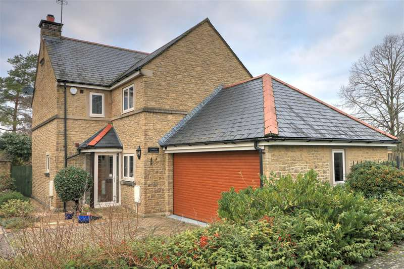4 Bedrooms House for sale in Vicarage Gardens, Malmesbury