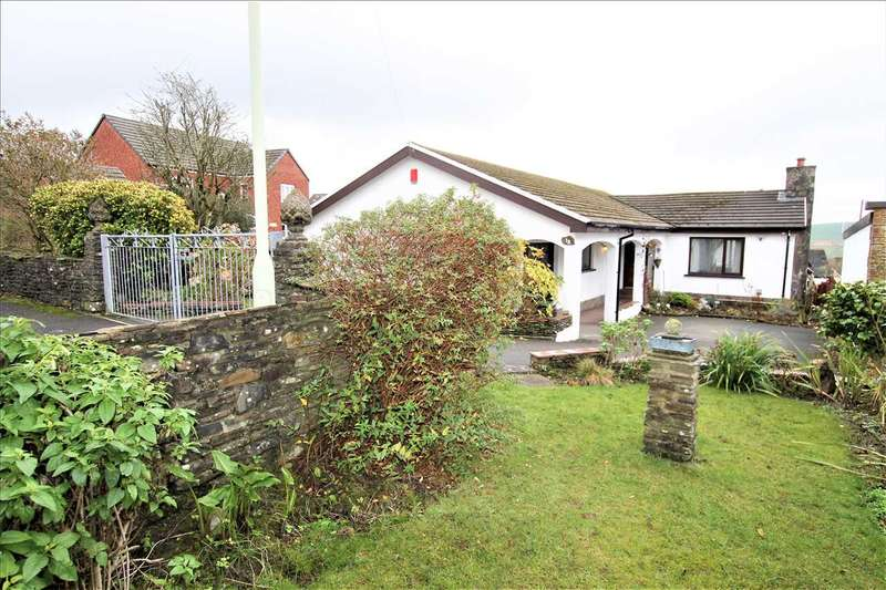 3 Bedrooms Detached House for sale in The Heathlands, Porth