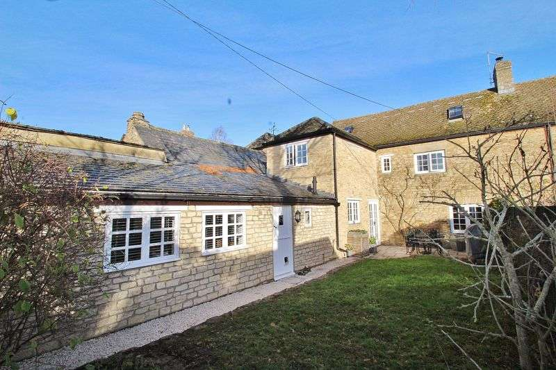 4 Bedrooms Property for sale in Buckland, Buckland