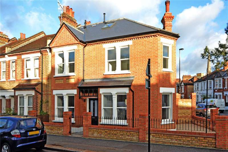 4 Bedrooms Semi Detached House for sale in Wearside Road, Ladywell, London, SE13