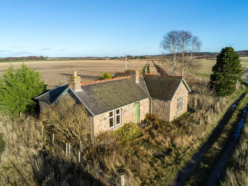2 Bedrooms Detached House for sale in Easter New Forres Farm Cottage, Forres, Moray, IV36
