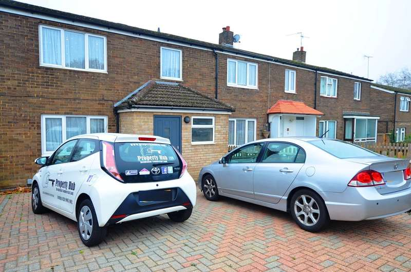 3 Bedrooms End Of Terrace House for rent in Micklefield Road, Hemel Hempstead