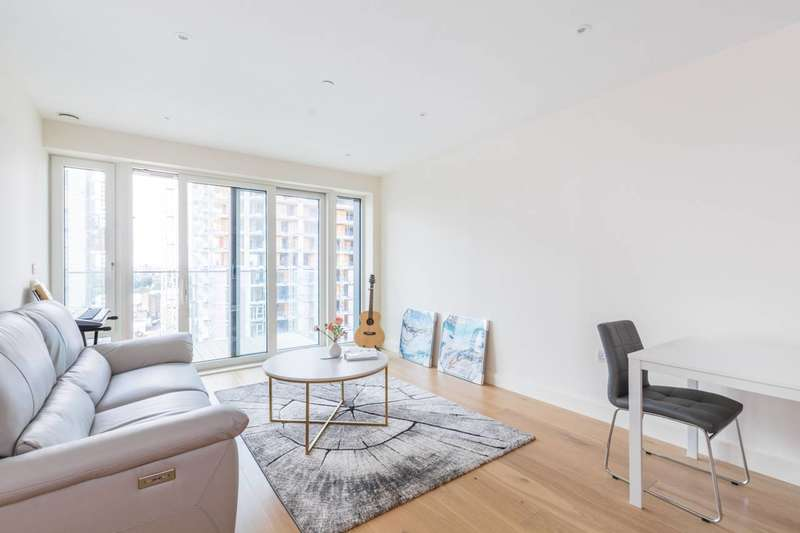 2 Bedrooms Flat for sale in Norton House, Woolwich Riverside, SE18