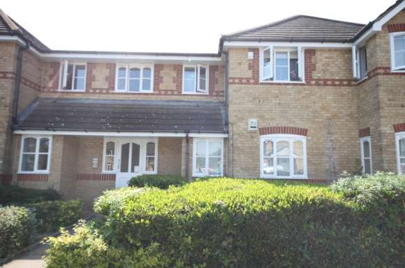 1 Bedroom Property for sale in Larkspur Gardens, Luton, LU4