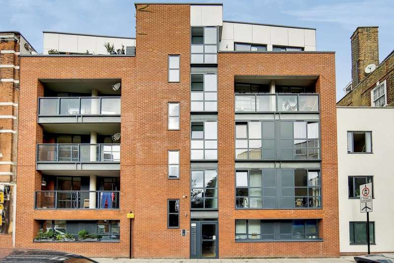 3 Bedrooms Flat for sale in Goldsmiths Row, Bethnal Green, E2