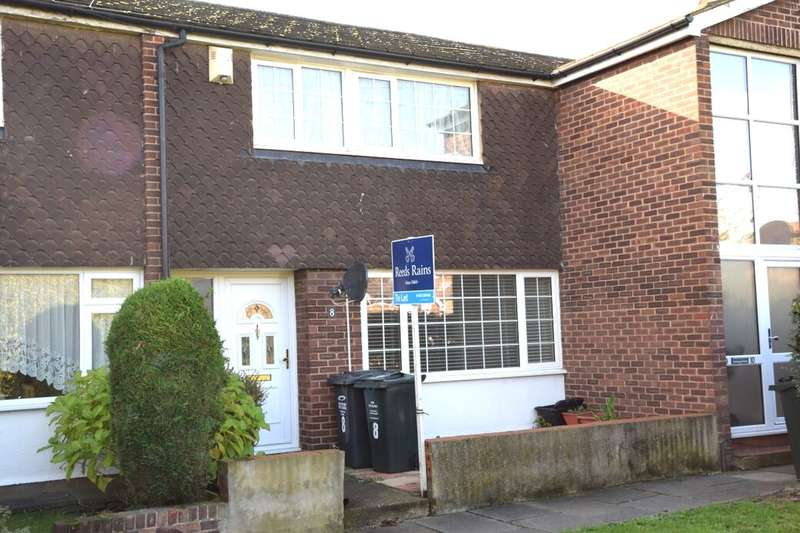 3 Bedrooms Terraced House for rent in Cairns Close, Dartford, DA1