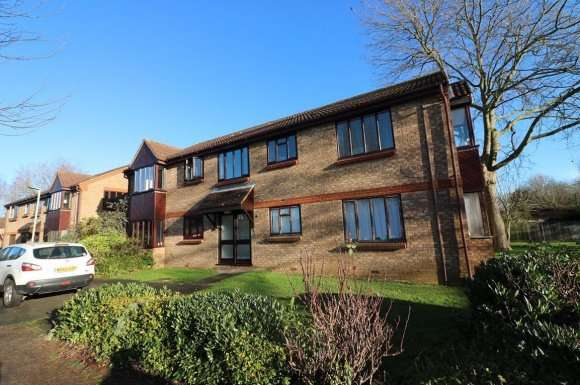 1 Bedroom Property for rent in Duncan Close, Welwyn Garden City