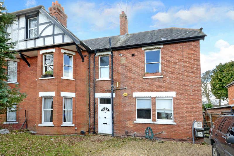 1 Bedroom Ground Flat for rent in Cambelrey, Surrey