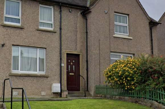 3 Bedrooms Semi Detached House for rent in Clermiston Drive, Edinburgh, EH4