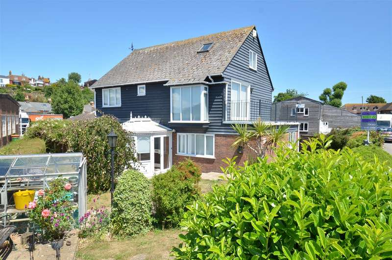 3 Bedrooms Detached House for sale in Rock Channel, Rye