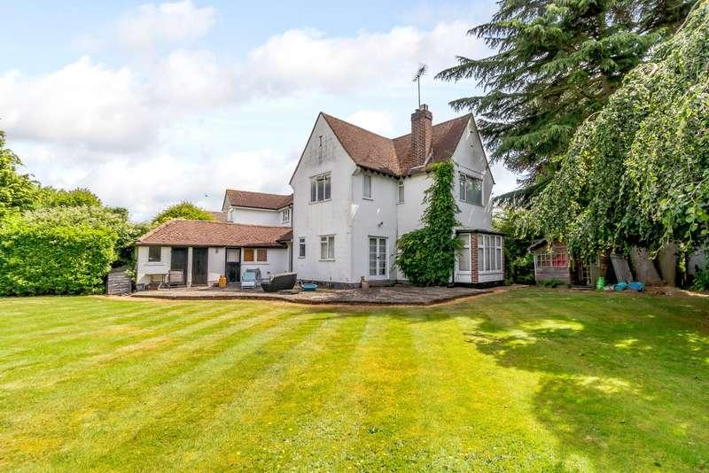 4 Bedrooms Detached House for sale in D'Abernon Drive, Stoke D'Abernon, Cobham, KT11