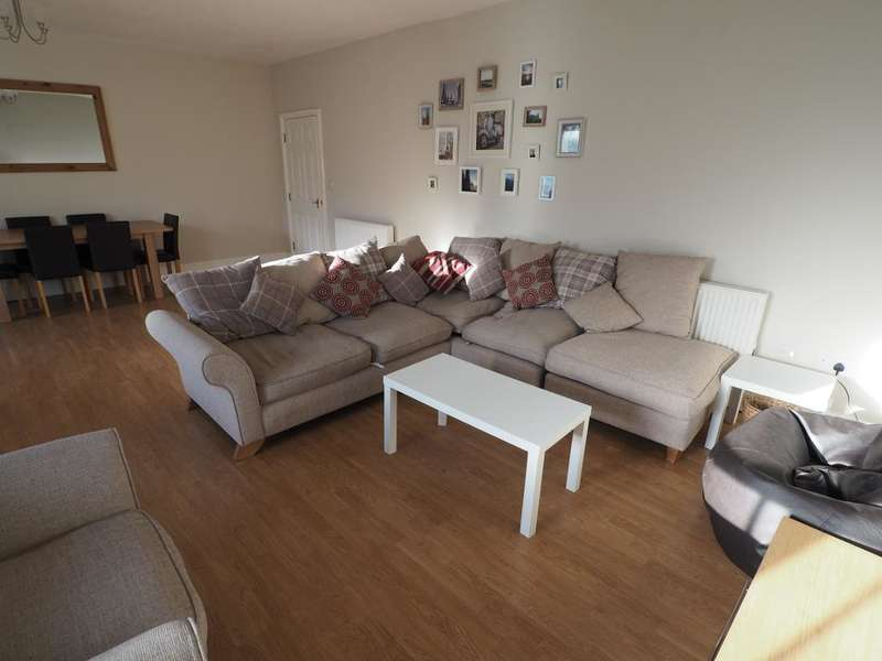2 Bedrooms Apartment Flat for rent in George Street, Hull, HU1 3BN