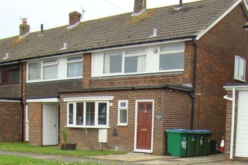 3 Bedrooms Property for rent in Ivy Crescent, Bognor Regis, PO22