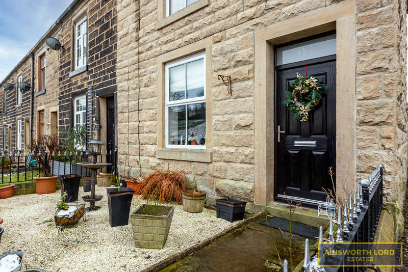 3 Bedrooms Cottage House for sale in Chatterton Road, Ramsbottom, Bury