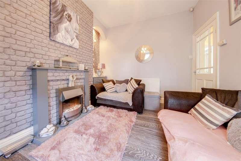 2 Bedrooms Terraced House for sale in Heys Street, Haslingden, Rossendale