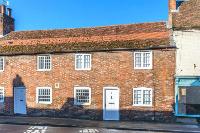 2 Bedrooms Terraced House for rent in South Street, Wilton