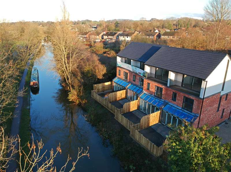 3 Bedrooms House for sale in Canal Mews, Buxton Road, High Lane, Stockport, SK6