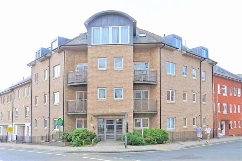 3 Bedrooms Flat for rent in Market Street, Exeter, EX1