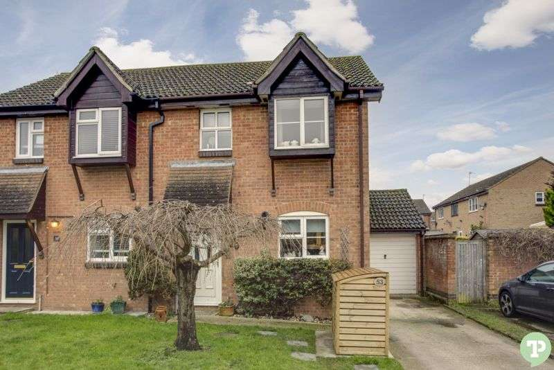 3 Bedrooms Property for sale in Astley Road, Thame