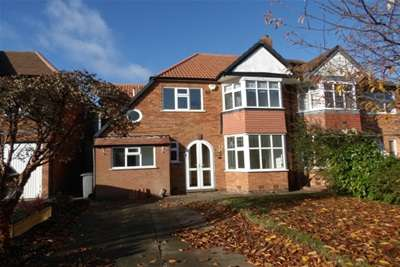 4 Bedrooms House for rent in Heaton Road, Solihull, B91 2EA