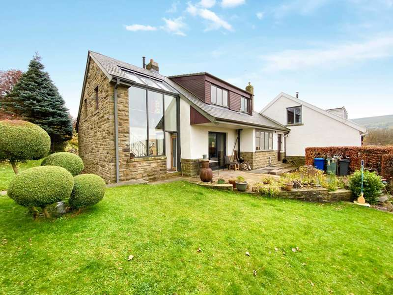 4 Bedrooms Link Detached House for sale in Hareholme Lane, Higher Cloughfold, Newchurch, Rawtenstall, Rossendale