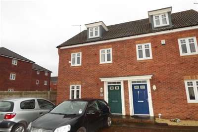 3 Bedrooms House for rent in Snowgoose Way, Newcastle, ST5