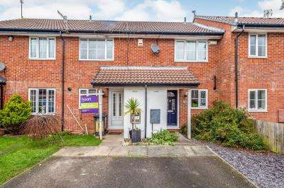 2 Bedrooms Terraced House for sale in Spurcroft, Luton, Bedfordshire