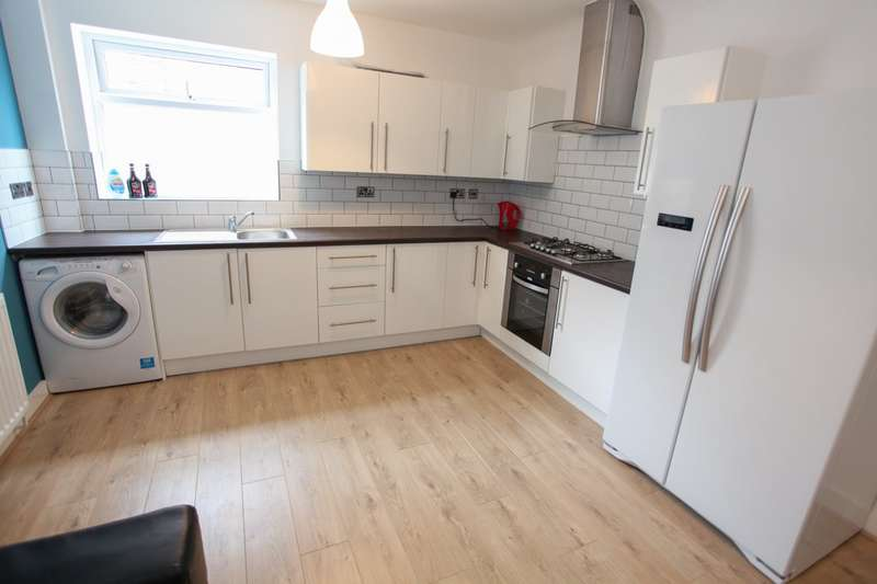 7 Bedrooms Terraced House for rent in Sheil Road, L6 3AB,