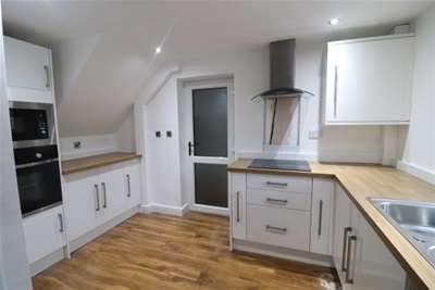 2 Bedrooms House for rent in Coach Road Estate, Usworth, Washington