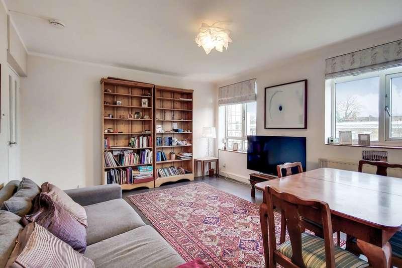 3 Bedrooms Flat for sale in Allen Edwards Drive, Nine Elms, SW8