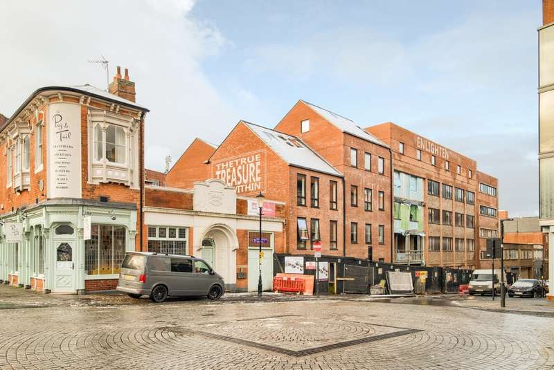 3 Bedrooms Flat for sale in Treasure House, Carver Street, Jewellery Quarter