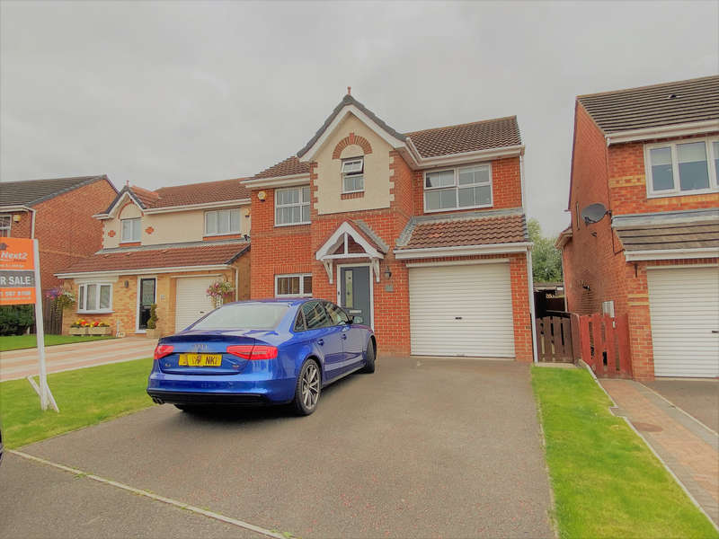 4 Bedrooms Detached House for sale in Balmoral Drive, Peterlee, SR8 1qp
