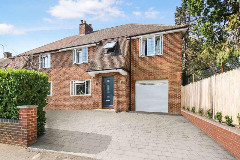 4 Bedrooms Semi Detached House for sale in Rectory Lane, Byfleet, Surrey, KT14