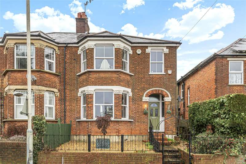 4 Bedrooms Semi Detached House for sale in Rickmansworth Road, Northwood, Middlesex, HA6