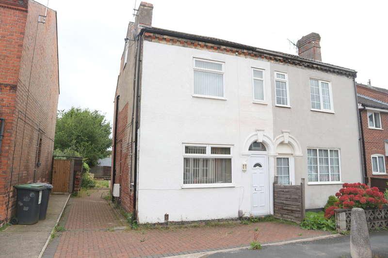 5 Bedrooms Semi Detached House for rent in Mona Street, Beeston
