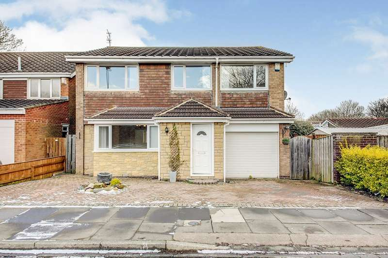 4 Bedrooms Detached House for sale in The Chesters, Whitley Bay, Tyne and Wear, NE25