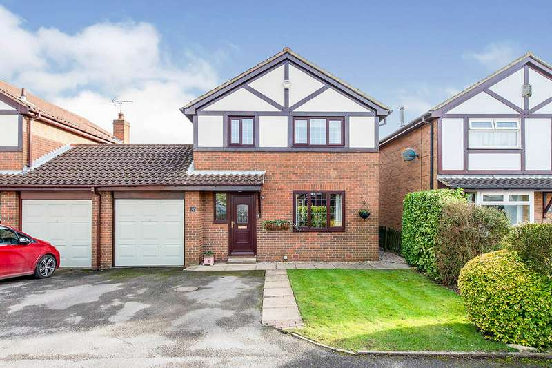 3 Bedrooms Link Detached House for sale in Old Garth Croft, Fairburn, Knottingley, WF11