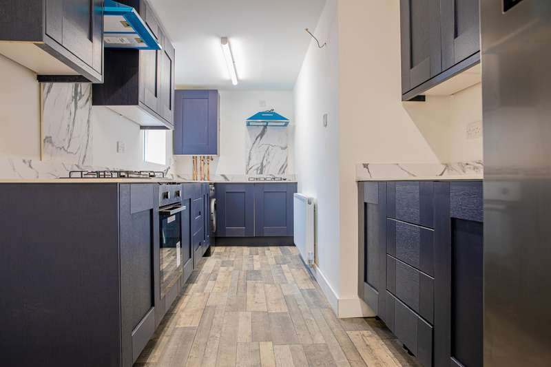 6 Bedrooms Terraced House for rent in Ling Street, Liverpool, L7 2QF