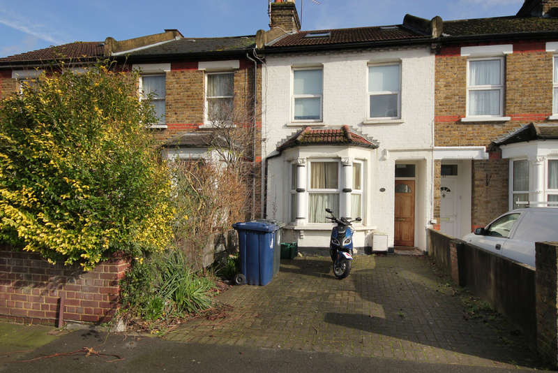 4 Bedrooms Terraced House for sale in Eccleston Road,W13