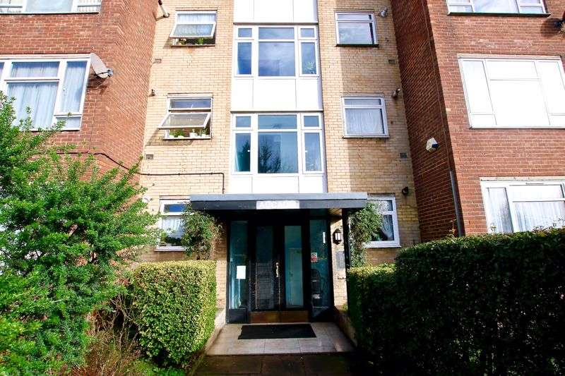 2 Bedrooms Property for sale in Blackbird Hill, London
