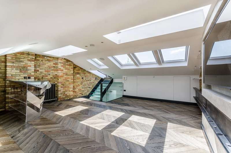 2 Bedrooms Flat for sale in Earls Court Square, Earls Court, SW5