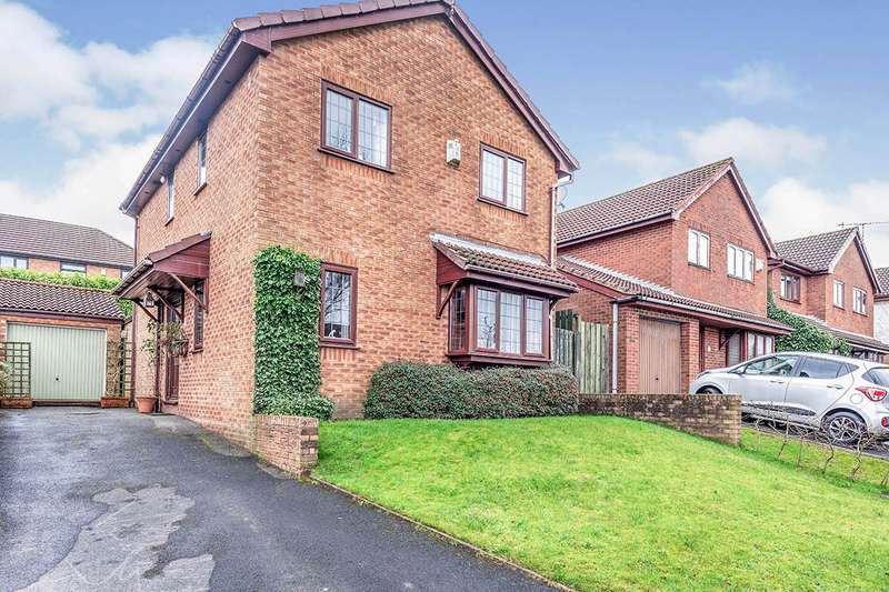 4 Bedrooms Detached House for sale in Pinewood, Skelmersdale, Lancashire, WN8