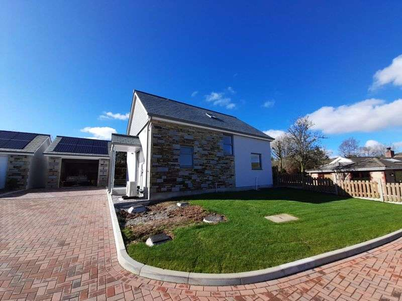 3 Bedrooms Property for sale in Higher Tremarcoombe, Liskeard